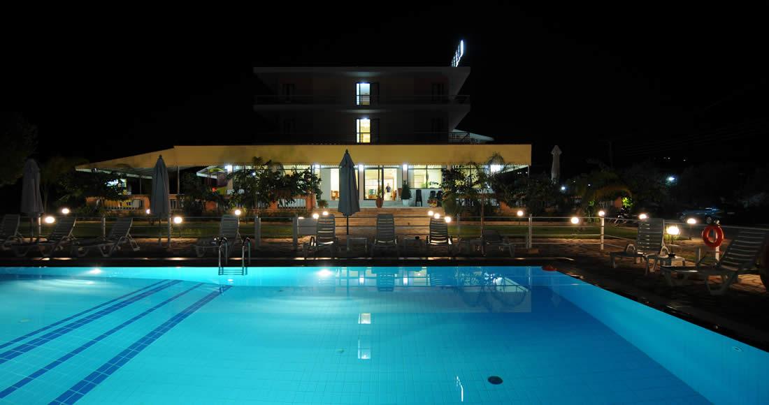 hotel-night3