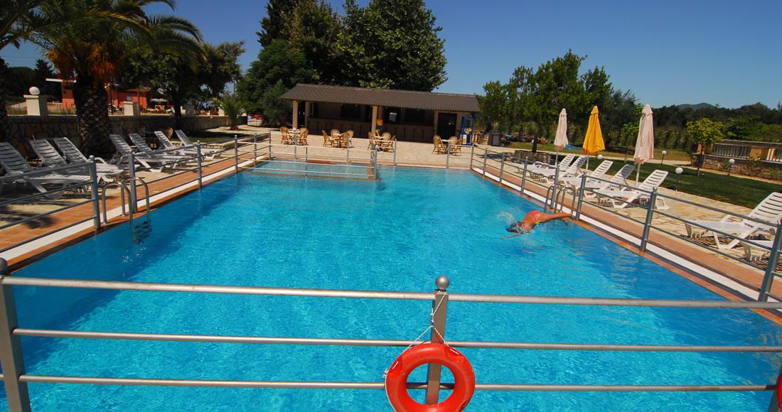 hotel-pool10